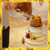 Anschneiden der Torte, Herz Messer mit Signatur
